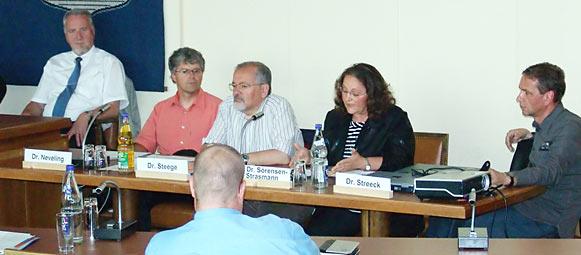Remscheider Ärzte berichteten dem Sozialausschuss. Foto: Lothar Kaiser