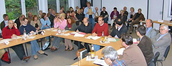 Soviele Zuhörerinnen und Zuhörer hat die BV Süd selten. Foto: Lothar Kaiser