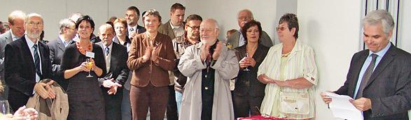 Rechts im Bild Ralf Barsties, der Leiter des Diakonischen Werkes. Foto: Lothar Kaiser