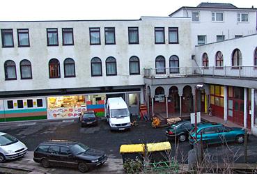Kremenholler Straße 24-26: Künftig Übernachtungsmöglichkeiten für 24 Koran-Schüler. Foto: Lothar Kaiser