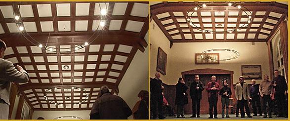 drei moderne 39 kronleuchter 39 f r den historischen ratsssaal waterb lles. Black Bedroom Furniture Sets. Home Design Ideas