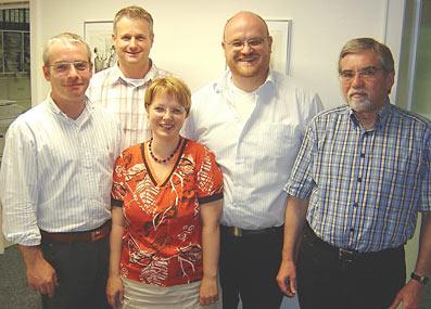 Der neue 'Offensiv'-Vorstand, v.l.n.r. Thomas Schmittkamp, Holger Häde, Sabine Schmittkamp, Ralf Hackländer und Dr. Gerhard Wollnitz.