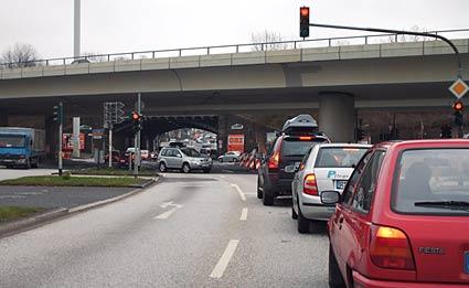 Trotz Baustelle wären zwei Fahrspuren machbar. Foto: Lothar Kaiser