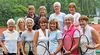 Diese Damen des Tennisclubs Mannesmann schafften den Aufstieg